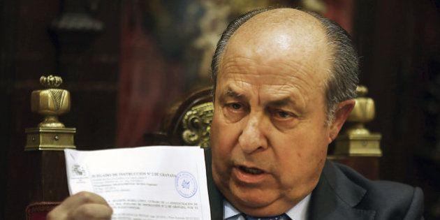 El alcalde de Granada presenta su dimisión tras ser detenido por