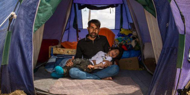 Osman llega este martes a España con su familia para ser