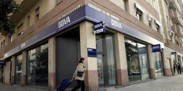 BBVA cobrará dos euros a los no clientes por el uso de cajeros a partir de
