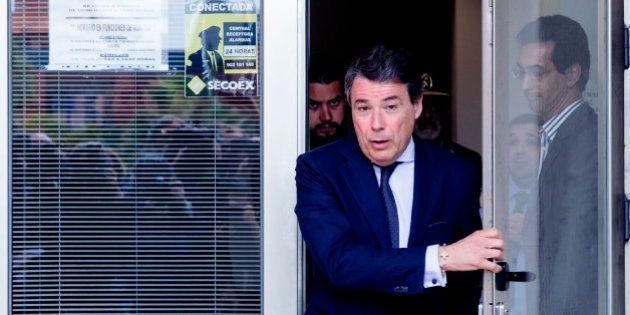 González dijo que contactó con el propietario del ático por un anuncio en un