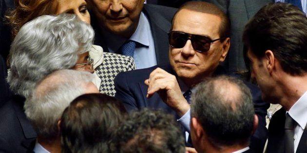 Berlusconi avisa:
