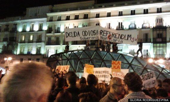 Miles de personas protestan en varias ciudades con caceroladas contra el pago de la