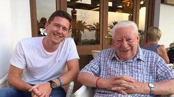 Por qué nos hicimos amigos de un hombre de 90
