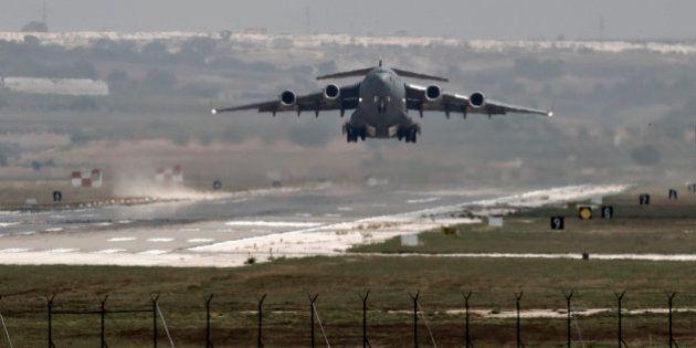 Cazas turcos bombardean por primera vez posiciones de Estado Islámico en
