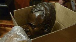 Los motivos de Colau para quitar el busto de Juan Carlos