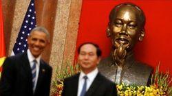 Vietnam, entre dos