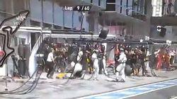 Un cámara, golpeado por un neumático que salió volando