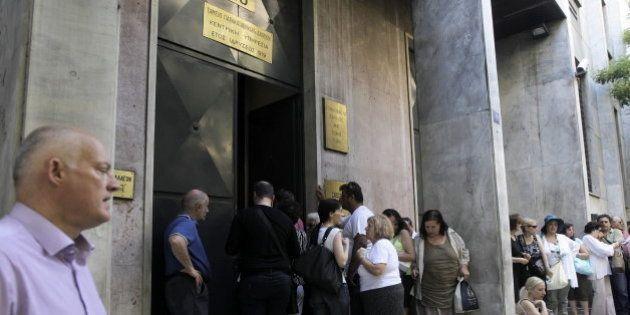 El Gobierno griego aprueba nuevo relajamiento de las restricciones