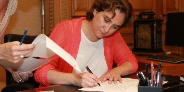 Ada Colau paraliza la privatización de dos guarderías municipales de
