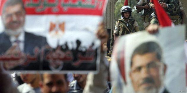 El golpe de Egipto, a prueba: Los Hermanos Musulmanes acusan al Ejército de matar a 34