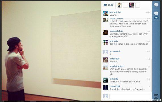 Fernando Alonso mirando un cuadro en blanco: los montajes