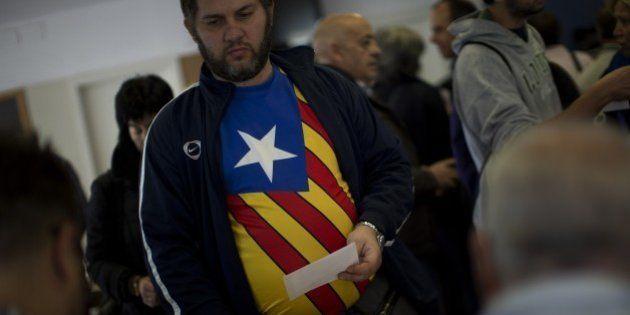 El 45,3% de los catalanes votaría 'no' a la independencia y el 44,5% diría 'sí', según la