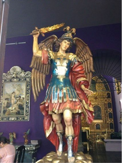 El poder de los santos: el valor político de las imágenes