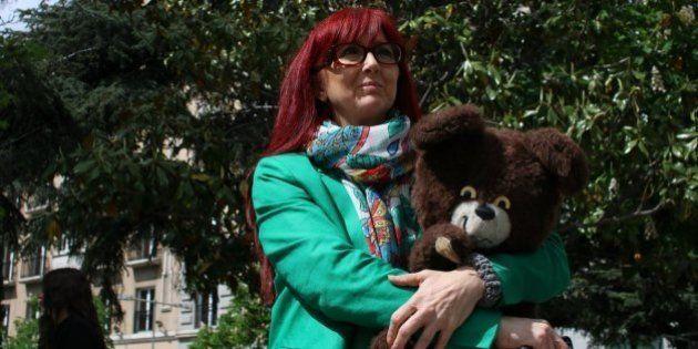 Juguetes de niños abusados y más de 300.000 firmas para pedir que la pederastia no