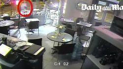 El vídeo del ataque a uno de los cafés de