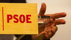 El PSOE cae casi 7 puntos en intención de