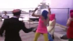 Las Pussy Riot, atacadas por la policía rusa en Sochi