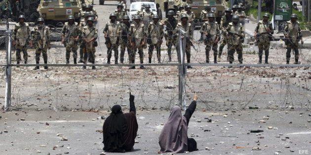 Más de 50 muertos en los enfrentamientos en Egipto entre islamistas y el