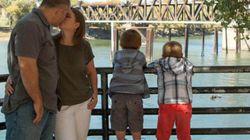 ¿Romanticismo con niños? 31 fotos que demuestran que se