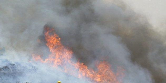 El incendio de La Gomera se complica y amenaza Garajonay; el de La Palma sigue