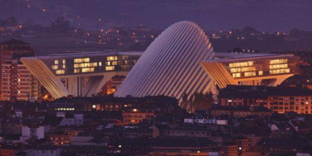 Condenan a Calatrava a pagar una indemnización de 2,96 millones por el Palacio de Congresos de