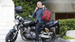 Varoufakis dice que dimitirá si gana el 'sí' en el
