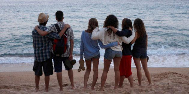 Los jóvenes españoles no son 'ninis', están satisfechos con su vida y tienen espíritu