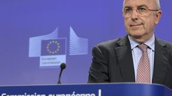 Almunia urge a Rajoy a decidir ya sobre el