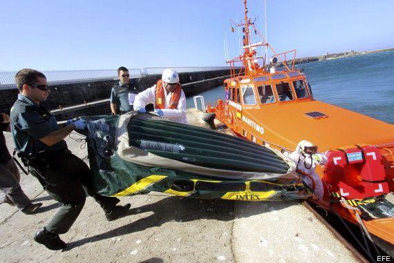 Pateras de juguete para cruzar el Estrecho: llegan más de 200 personas desde el sábado
