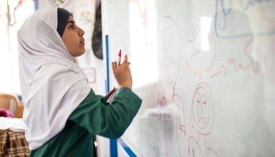 La niña siria que impide los matrimonios infantiles entre