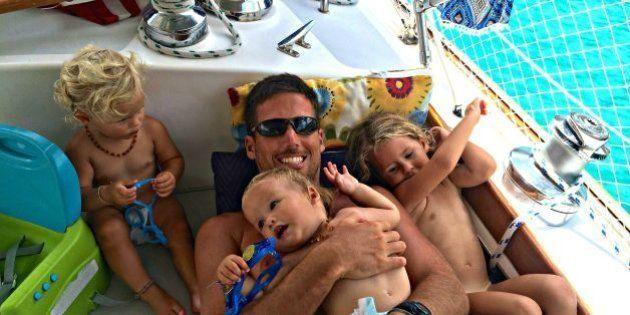 Las increíbles fotos de unos padres y sus tres hijos que viven a bordo de un