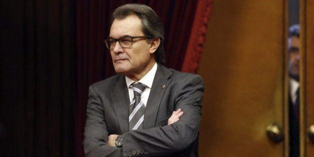 ERC y CiU salvan a Artur Mas de comparecer ante el Parlament por el caso