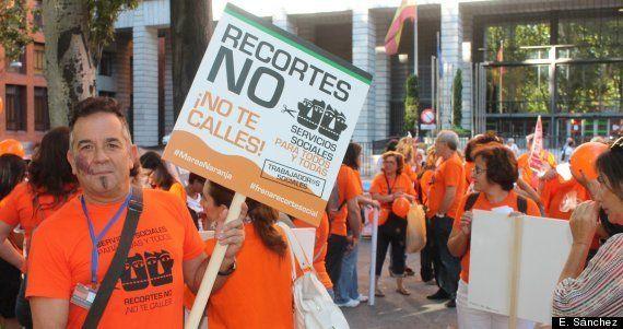 Marcha 15-S: a cada manifestante le trajo sus recortes a la protesta de la Cumbre Social de