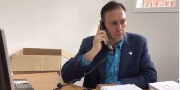 El alcalde de Jun dice que tiene las firmas para un congreso pero la gestora del PSOE no lo