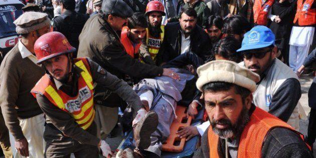 Un ataque talibán en una universidad paquistaní deja más de 20