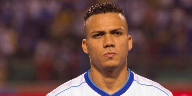 Asesinado a tiros el defensa de la selección hondureña Arnold