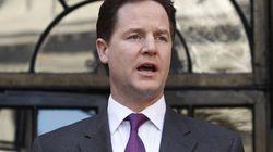 Nick Clegg pide perdón por incumplir su programa electoral