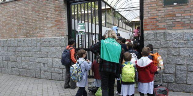 Grupos de padres se organizan para cuidar de los niños y poder ir a la huelga