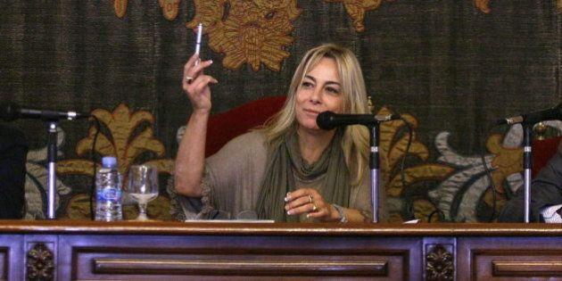 Dimite Sonia Castedo, la alcaldesa de Alicante imputada por