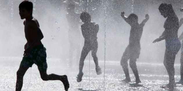 ¿España es feliz o no? Un estudio basado en los flujos migratorios dice que no