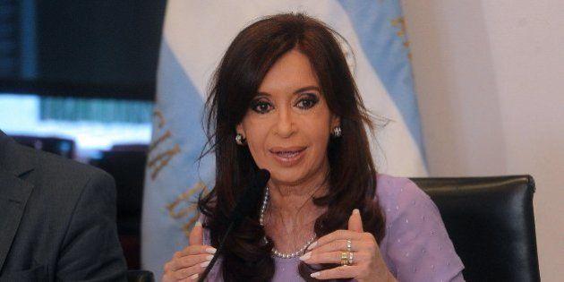 Imputada la presidenta argentina por el caso que investigaba el fiscal