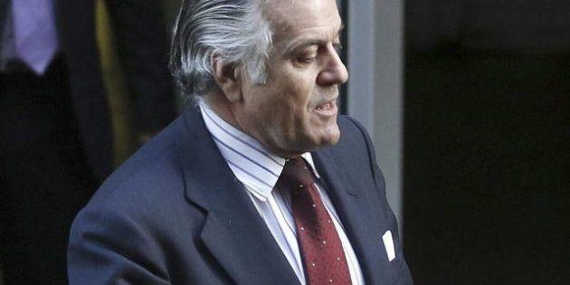 El juez Ruz ordena la entrega de los dos ordenadores que Bárcenas usaba en la sede del