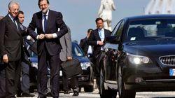 Contra viento y marea, Rajoy promete subir las