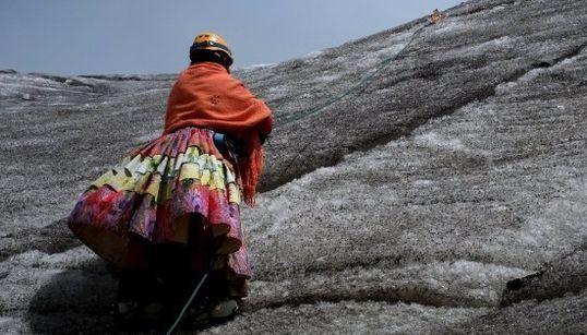 Las escaladoras cholitas de Bolivia