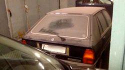 Barberá retira el coche que aparcó en el Ayuntamiento hace 23