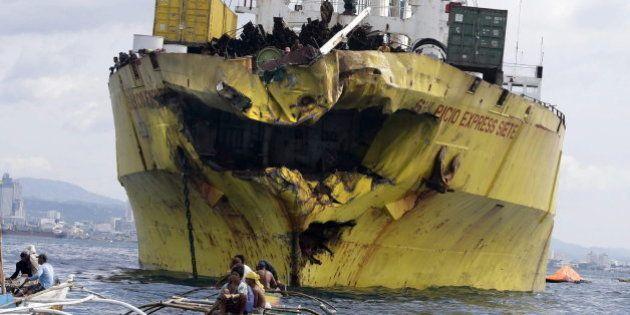 Un choque entre un ferry y un buque deja al menos 31 muertos en