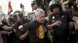 Jorge Verstrynge, detenido en Sol durante una manifestación por la