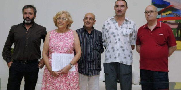 Carmena evita el desahucio de 220 familias en