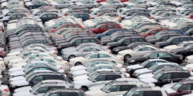 Multa de 171 millones de euros a 21 marcas de coches en España por actuar como un