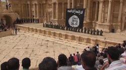 El horror: niños-verdugos del EI matan a 25 soldados sirios en